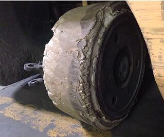 forklift-tire-chunking-example