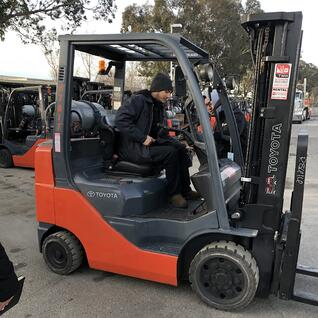 learning_to_drive_a_forklift_tmhnc