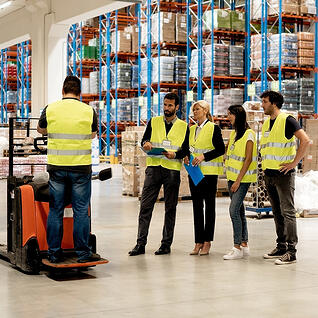 take_a_forklift_certification_class