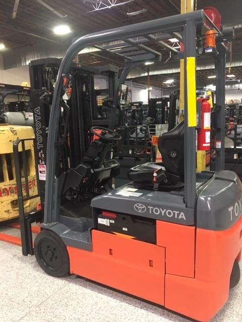 Toyota 8FBE18U 3,500 lb  3 Wheel Electric Pneumatic Forklift