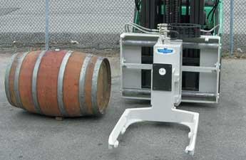 Wine_Barrel_Handler.jpe