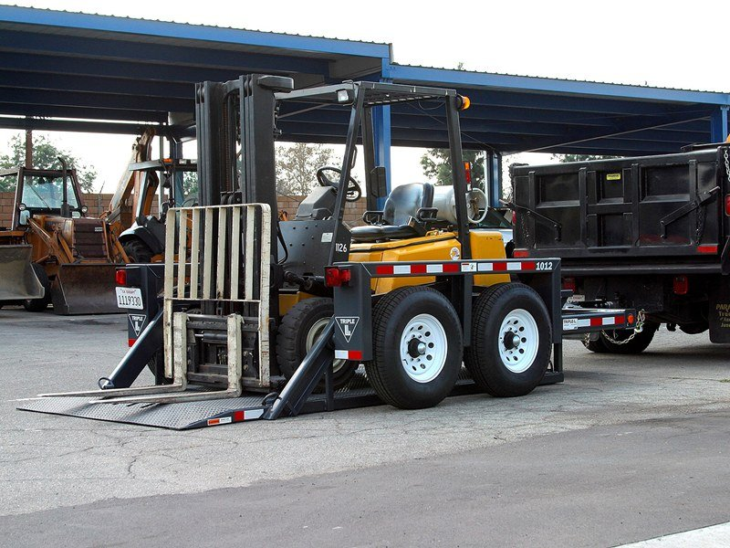 1012_Triple-L_Flatbed_Trailer.jpg