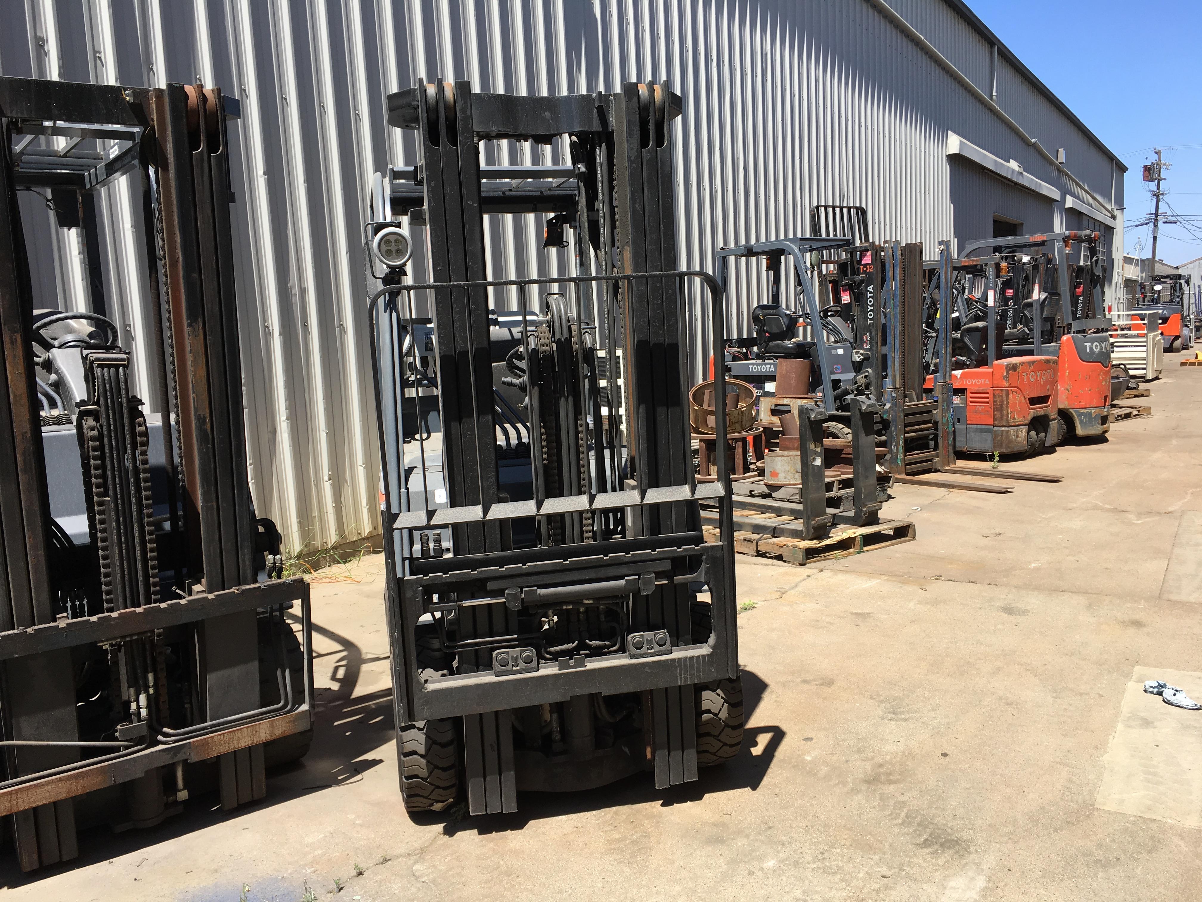 Toyota 8FGCU25 5,000 lb  Cushion Forklift #R7613